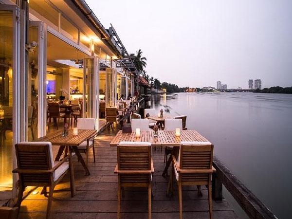 The Deck SaiGon là địa điểm hẹn hò riêng tư ở Sài Gòn được yêu thích