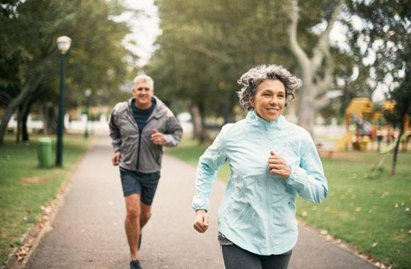 Tìm bạn trung niên để bày tỏ tâm sự và làm mới bản thân