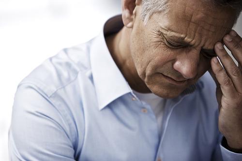 Tuổi già là nguyên nhân chính dẫn đến bất lực nam giới